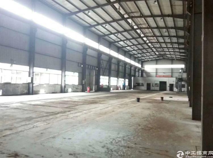 龙岗中心城滴水10米钢构2000平 可分租