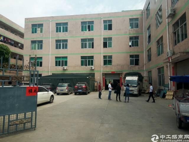 平湖富民工业区新出楼上1000平米厂房对外出租