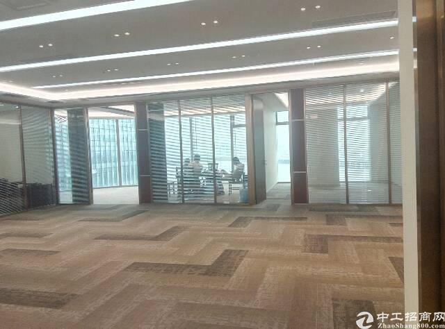 宝华地铁口100米卓越时代广场468平米精装修带家私