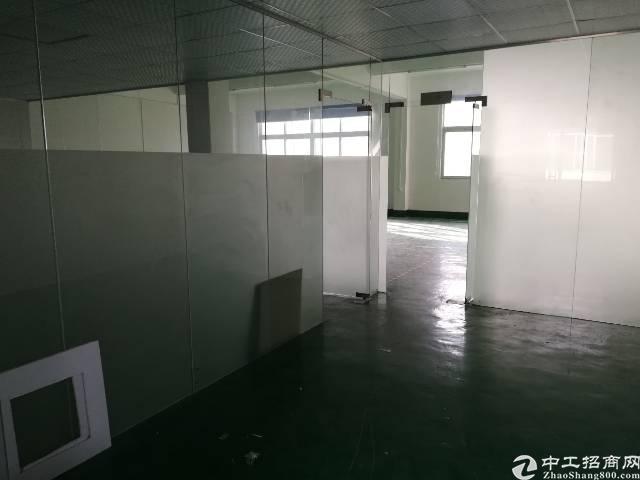 松岗溪头标准厂房380平方,带现成办公室、地坪漆,租金22