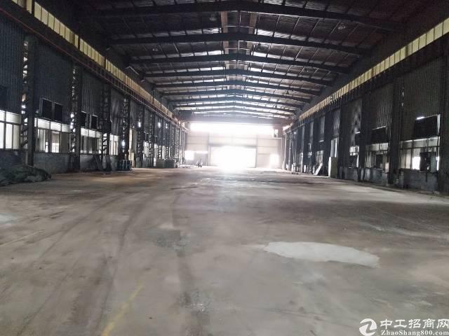 12米高钢构2000平方出租