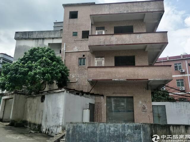 东城阁楼式厂房1-3层490平