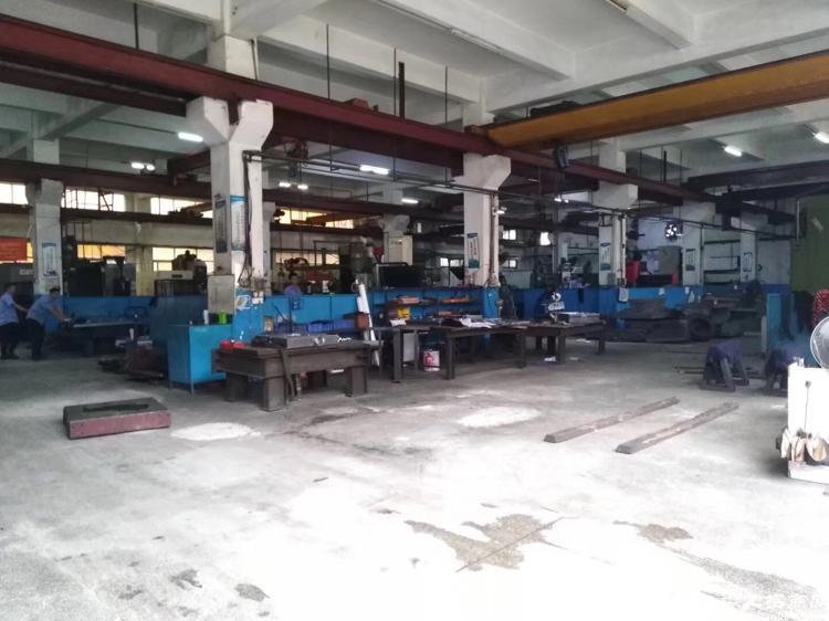 松岗燕罗独院两层3700平方重工业厂房