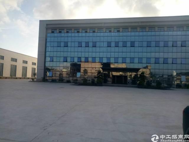 沙井新桥高速出口31000平全新厂房15米高重工业厂房出租。