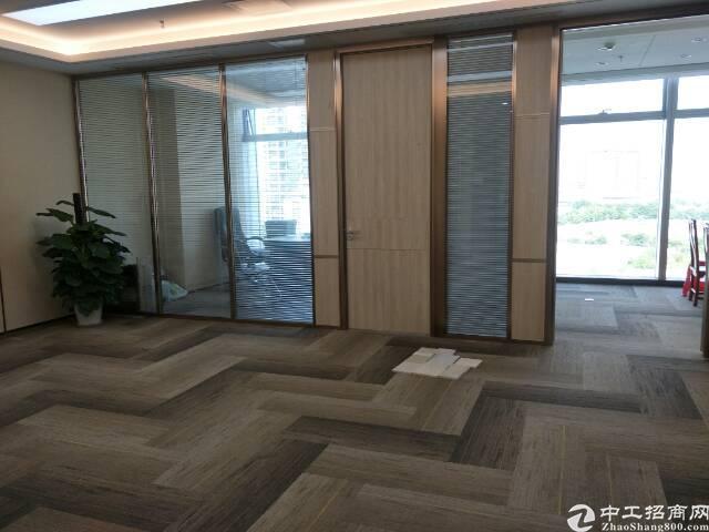 (出租)全新豪装680平高层无敌海景电梯口