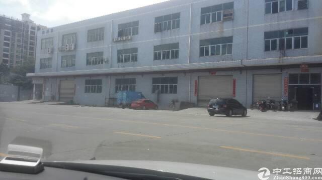 沙井和一锦程路边大型工业区一楼二楼各2300平方出租