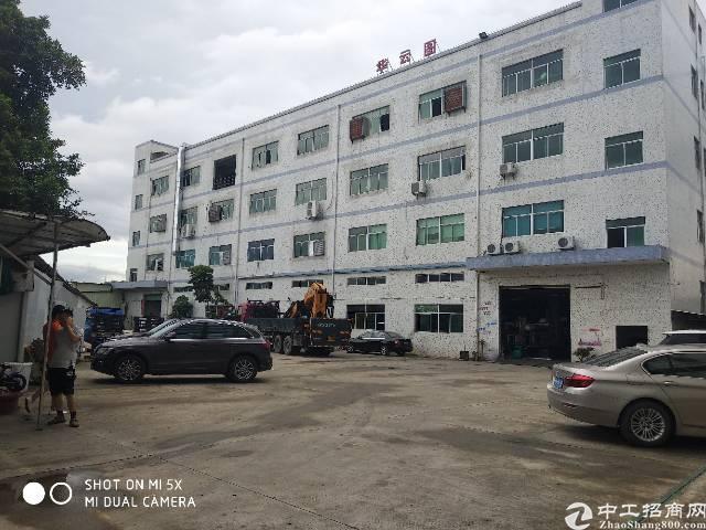 龙岗区坪地坪西标准一楼800平带地坪漆