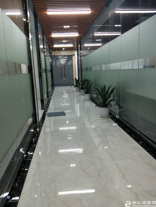 出租坪洲地铁口150米精装写字楼