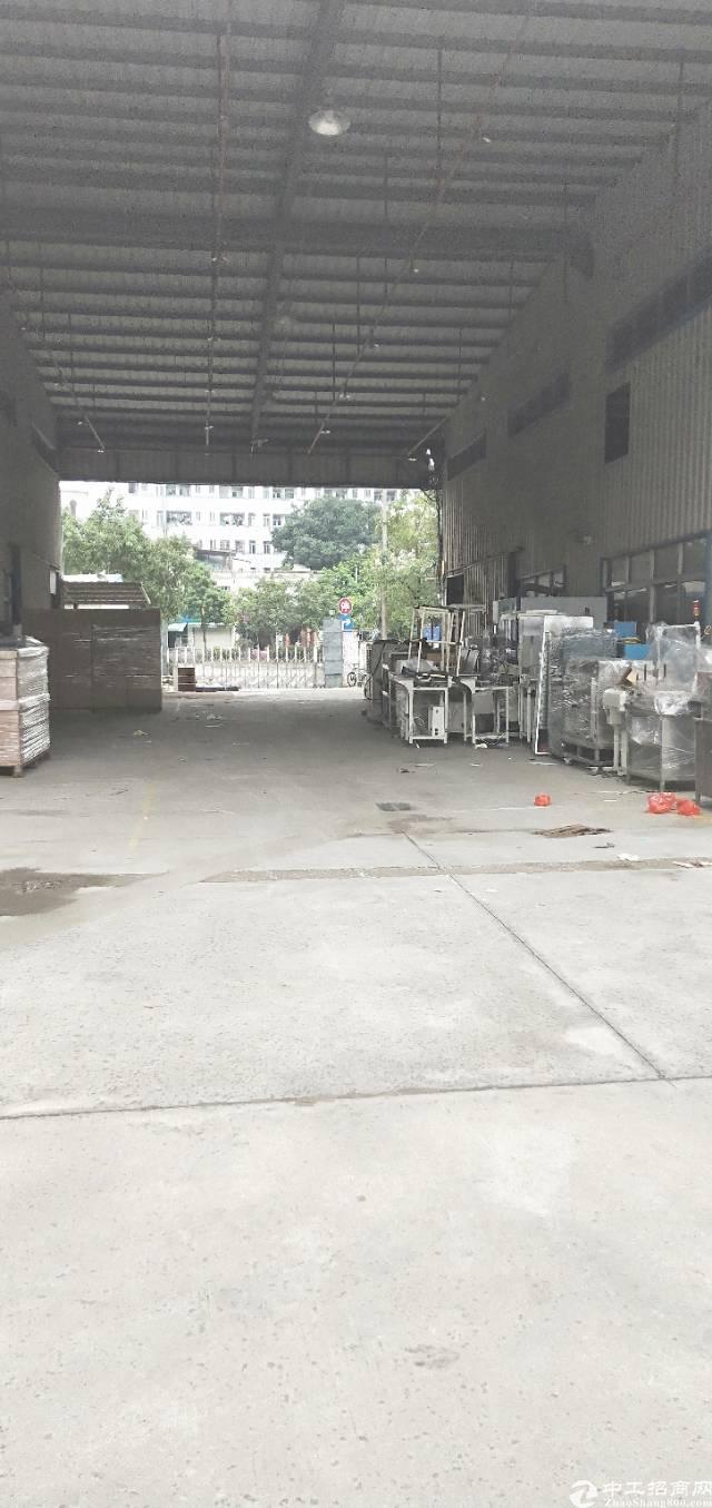 平湖丹平快速边单一层物流园出租,15000平方大小分租