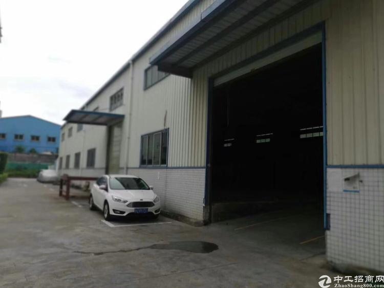 清湖地铁站旁工业园钢结构厂房1500平米,已空。适合仓库无污