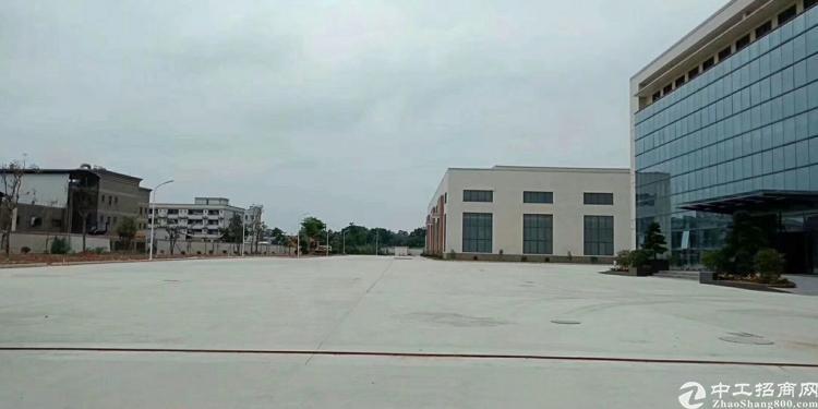 松岗高速出口全新滴水十米钢结构厂房招租