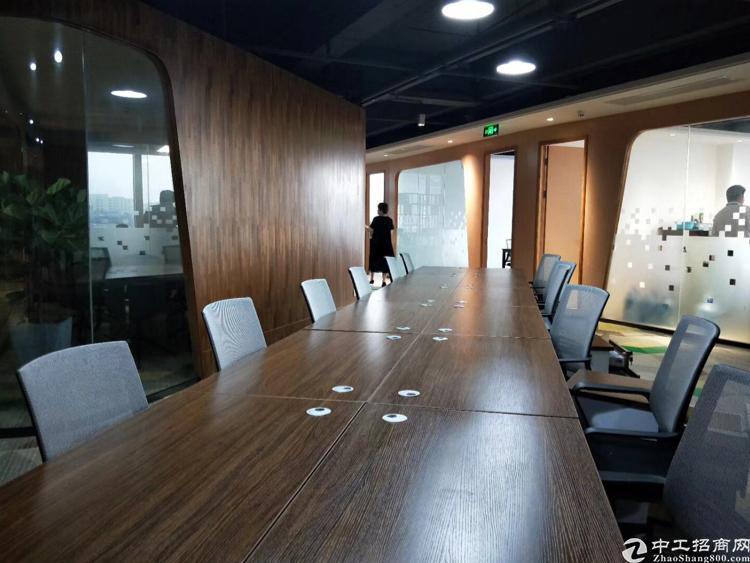 福永桥头地铁站新出750平 大小可分租