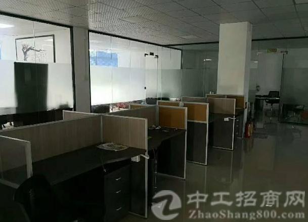 近南光高速李松朗工业园楼上豪华装修1800可独立出租2吨电梯