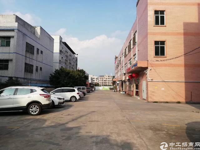 平湖华南城边上新出原房东3200平方独院厂房招租-图2