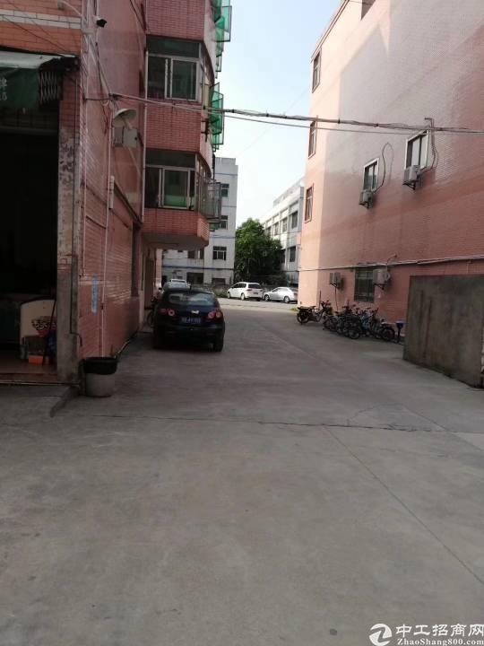 平湖华南城边上新出原房东3200平方独院厂房招租-图4