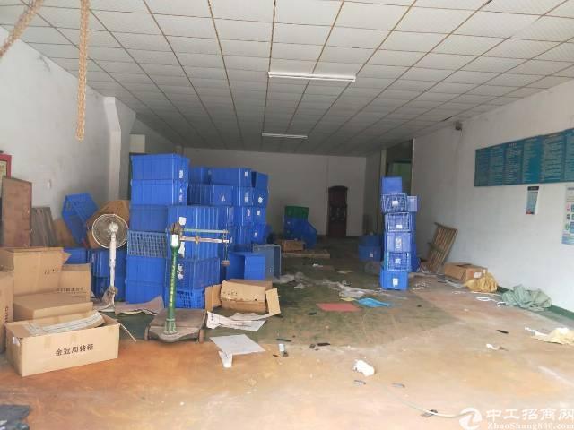 福永和平一楼700平方标准厂房出租