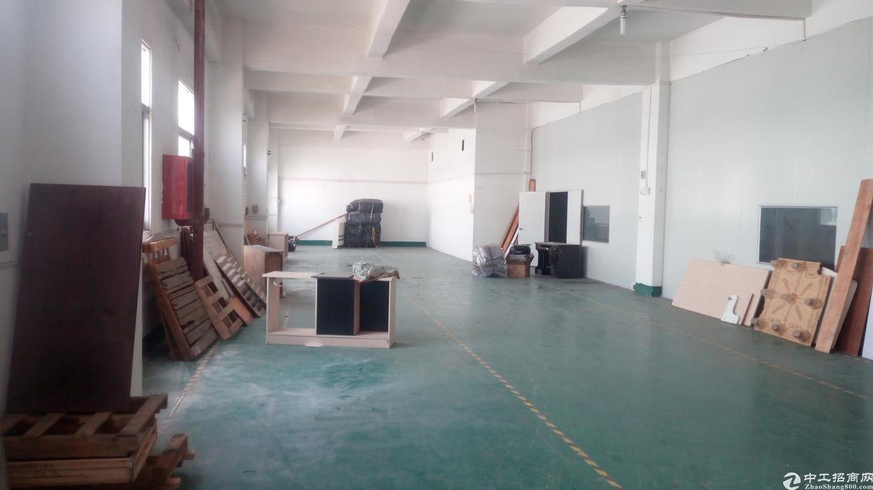 福永地铁站附近楼上600平带装修招租-图3