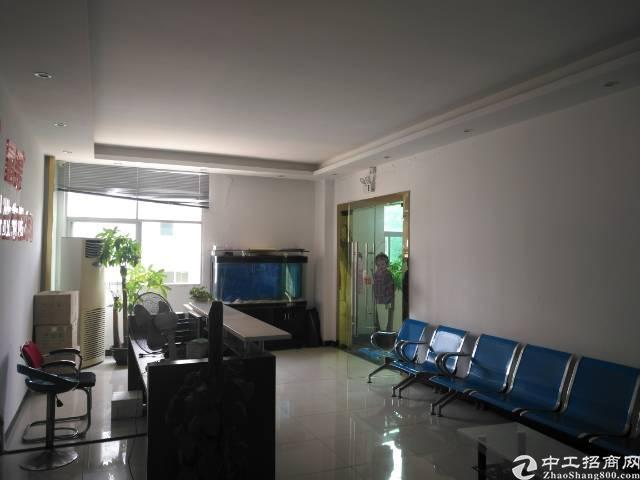 福永和平松福大道边楼上1200平米厂房招租