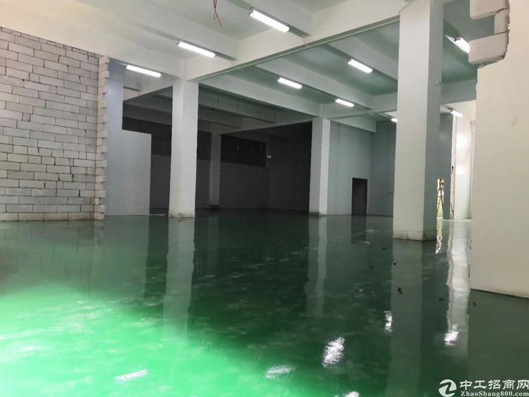 福永宝安大道边一楼1000平厂房出租