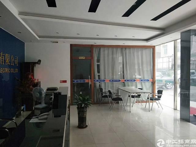 龙岗爱联地铁站旁一楼精装修办公室厂房800平,三楼1200平-图2