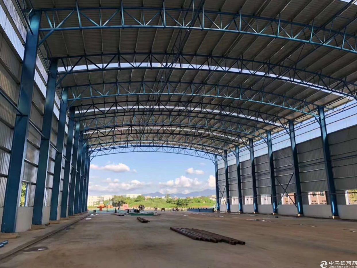 龙岗中心城1800平方米钢结构厂房出租