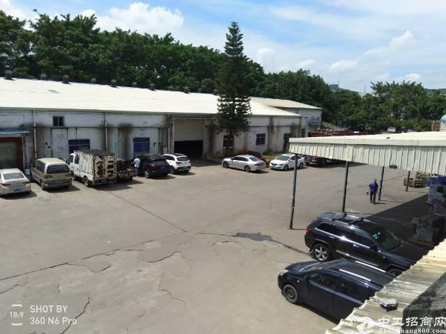 汽车站旁二搂600平带办公室装修水电齐全厂房出租