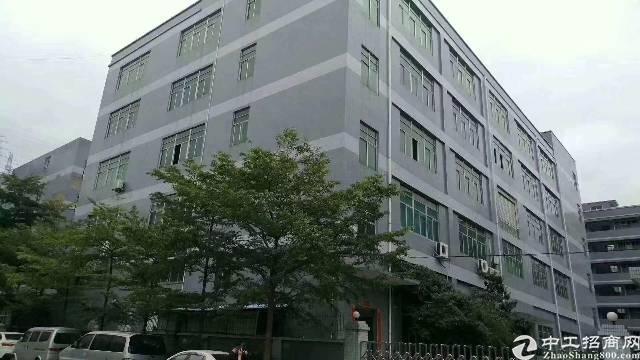 福永沿江高速出口原房东12000平红本厂房出租(可分层租)