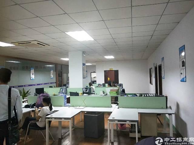 龙岗爱联地铁站旁一楼精装修办公室厂房800平,三楼1200平-图3