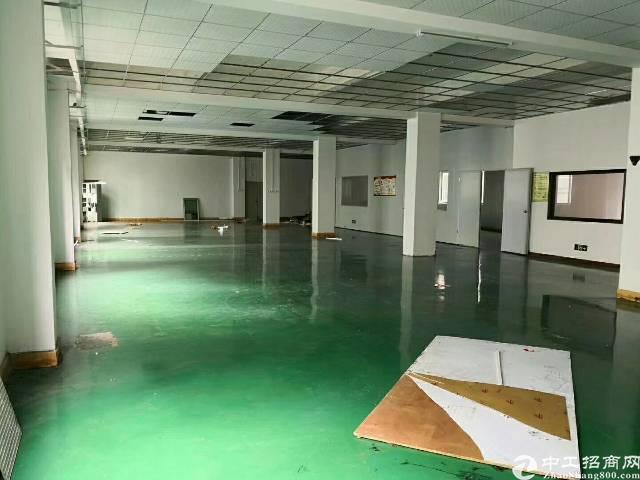 龙岗爱联新出二楼800平带装修厂房低价出租