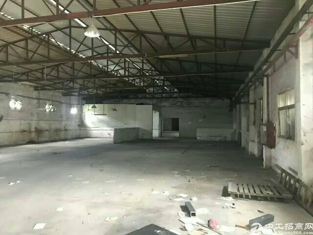 布吉上李朗工业区新出1100平滴水8米钢结构出租