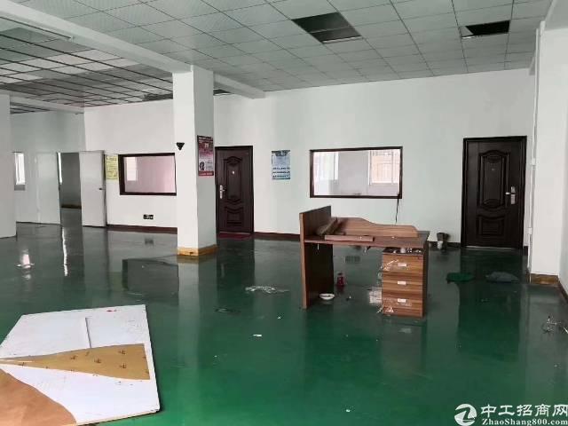 龙岗爱联带装修地坪漆厂房二楼800平,精装修 水电齐全