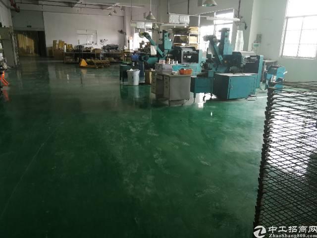 惠州惠城水口新出楼上800平标准厂房