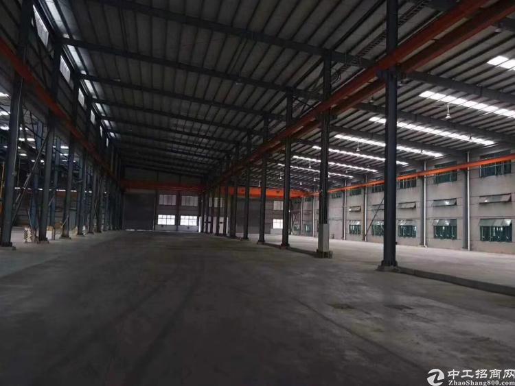 龙华大朗12高钢结构厂房带行车4100平方米