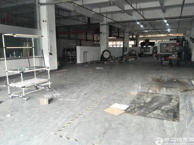 清溪镇超大空地一楼厂房1200平方带装修消防喷淋