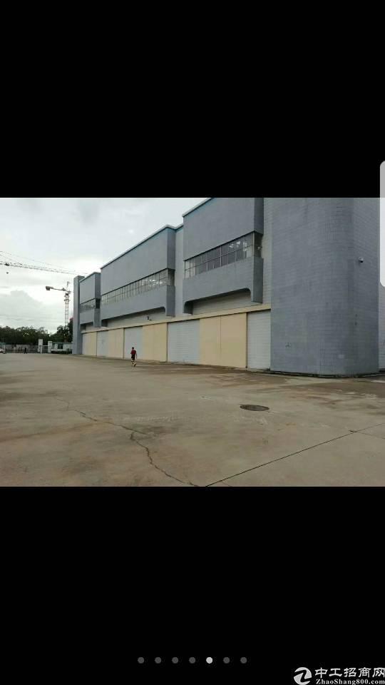 西乡固戍地铁口附近新出单一层厂房出租15000平米