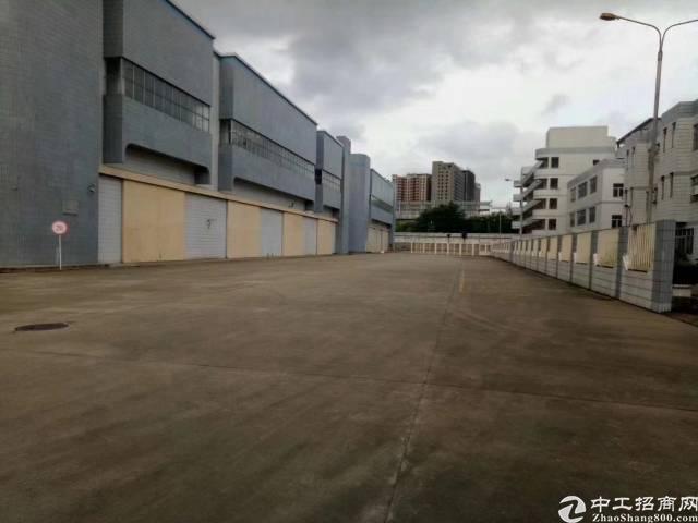 福永新出17000平一楼