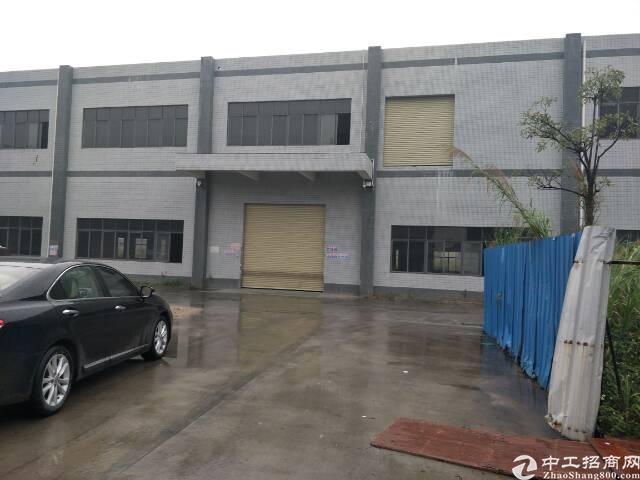 大岭山新出独门独院厂房1-3层2500平米,宿舍500平米