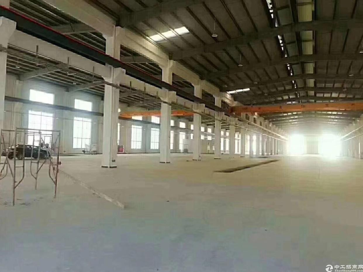 寮步镇花园式13米单一层厂房5500平米,豪华办公室2000