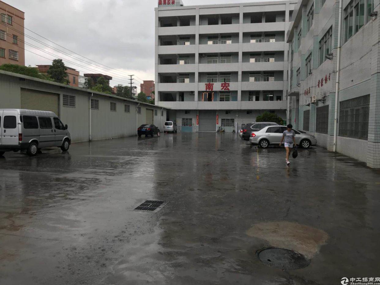 万江新出标准厂房独门独院,交通便利,形象非常好!