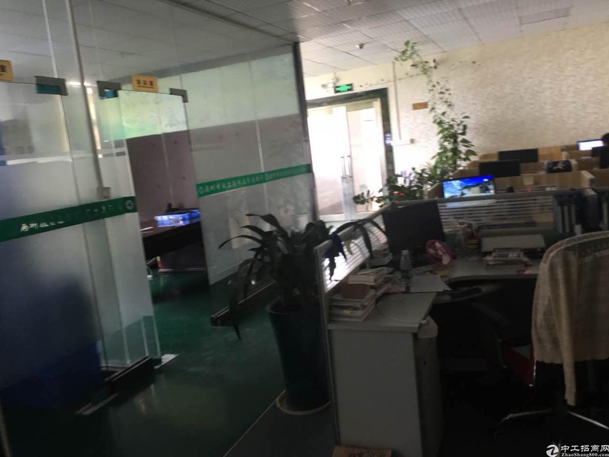 沙井东环路107旁新出楼上厂房350平