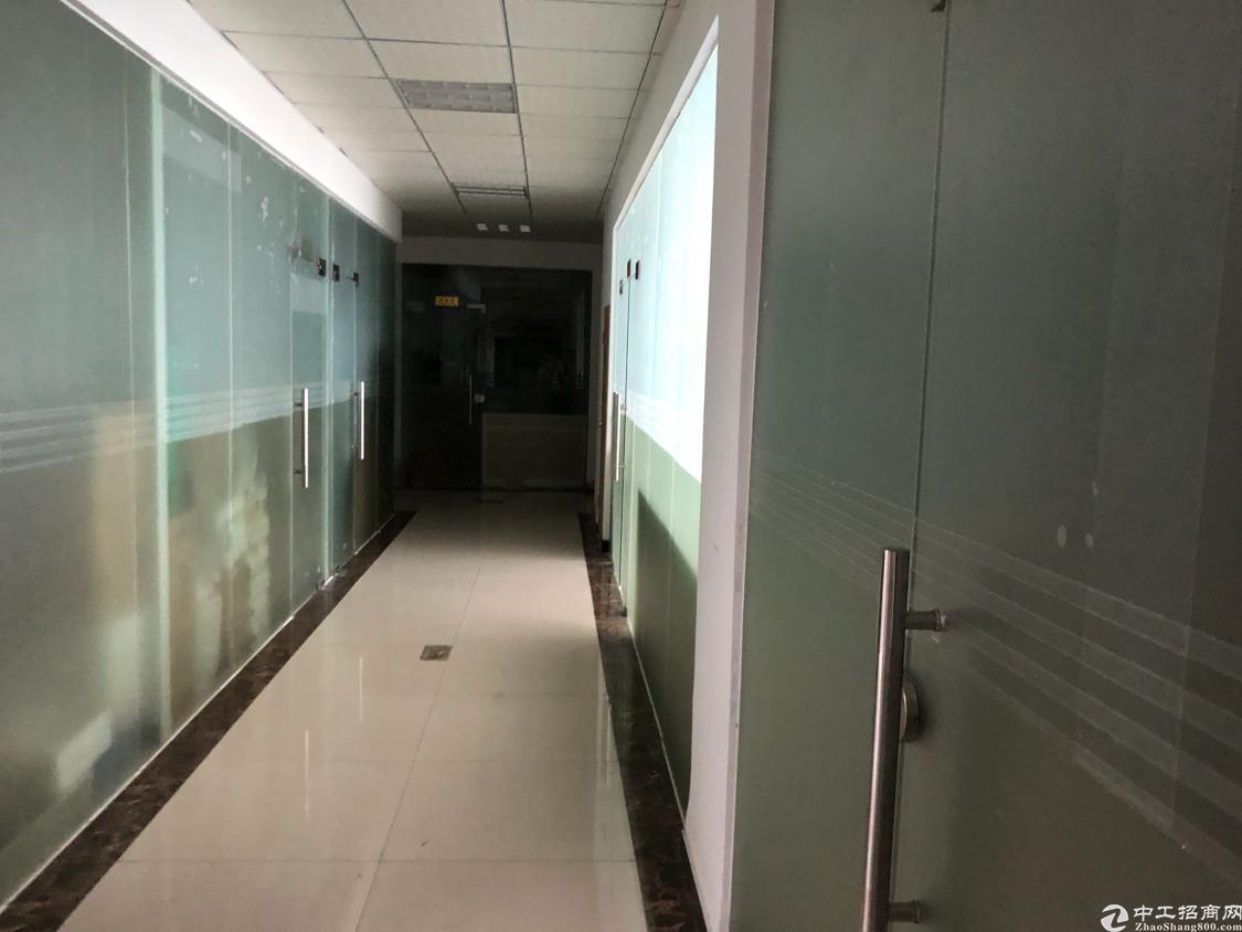 福永地铁口边上楼上新出1000平带装修