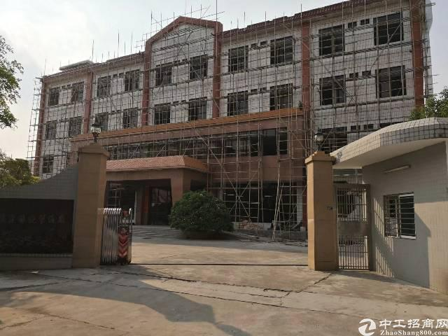 茶山标准厂房独门独院 环境优美8250平出租