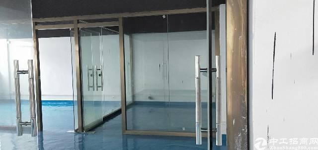 平湖山厦杉坑工业区三楼360平方厂房出租