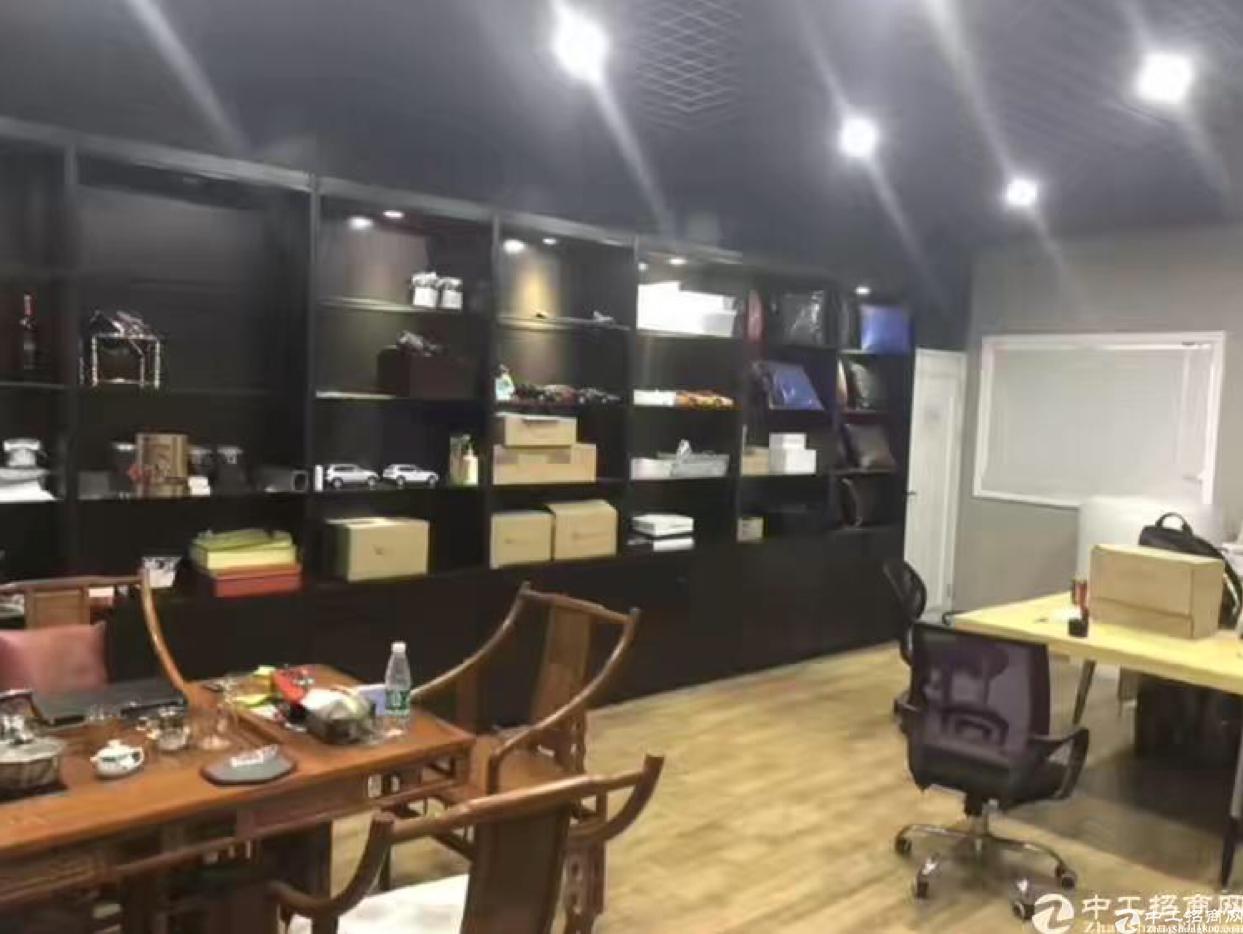 布吉南岭龙山工业区新出480平方带装修厂房招租