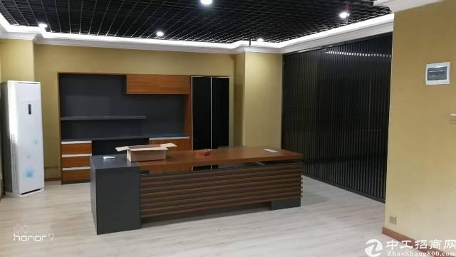 长安镇精装厂房680平出租