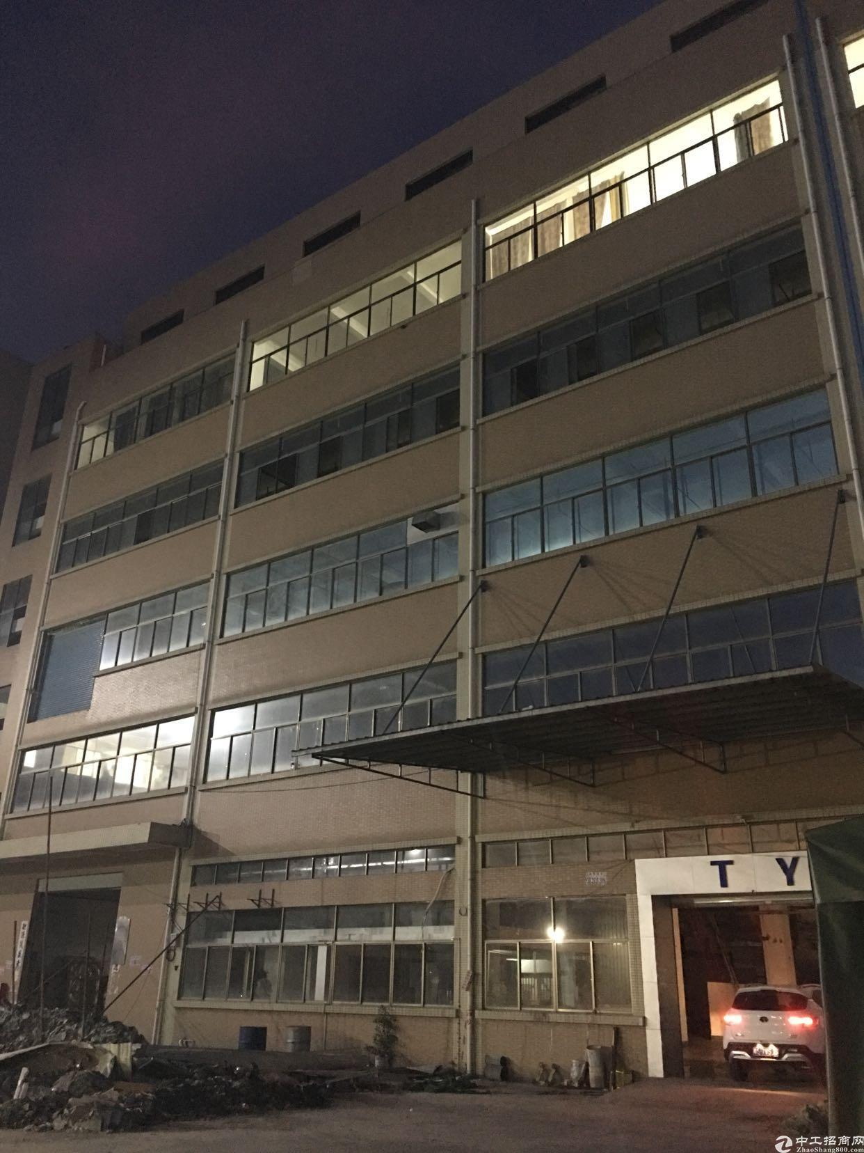 九乡主干道边1楼1200平带行车现成办公室厂房出租