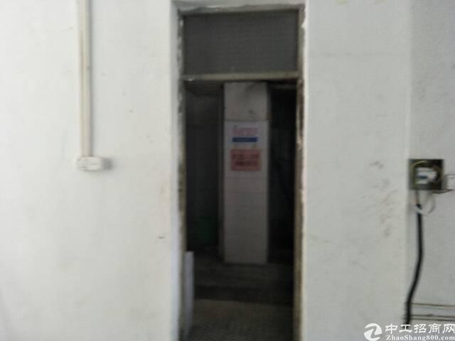 长安街口新出一楼150平米带装修厂房