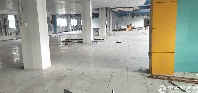 平湖华南城附近二楼1280平方厂房出租