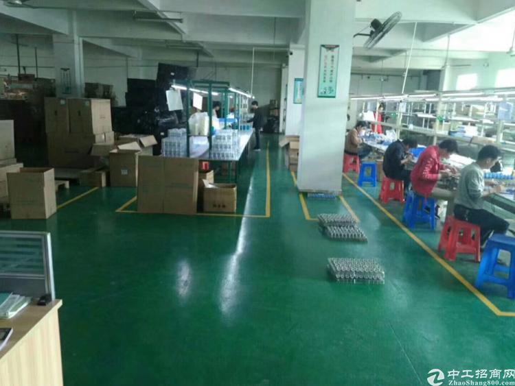 横岗水官高速口独院厂房一层1200平方米带装修