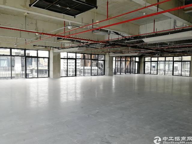 宝安固戍地铁口600平米甲级写字楼出租